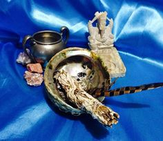 Starters Smudge Kit Meditation cleansing by TriquetraBoutique