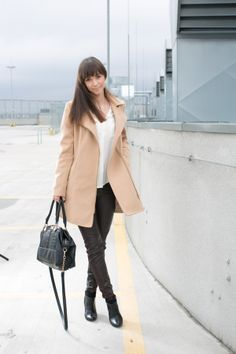 Woman, Blog, Jackets, Fashion, Down Jackets, Moda, Fashion Styles, Women, Blogging