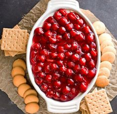 Cherry Cheesecake Dip Recipe - such an easy no-bake dessert! Just Desserts, Delicious Desserts, Dessert Recipes, Yummy Food, Dip Recipes, Dessert Dips, Healthy Recipes, Party Dips, Party Appetizers