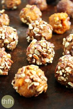 Clean Eating Vegan Sweet Potato Pecan Balls...made with only 4 clean ingredients and they're vegan, gluten-free, dairy-free, egg-free, paleo-friendly and contain no refined sugar | The Healthy Family and Home