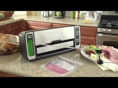 FoodSaver V4440 2-in-1: is it really worthy? A Complete Review