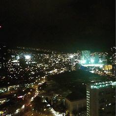 Instagram【hawaii_703】さんの写真をピンしています。 《友人宅から美しい眺め! #夜景 #夜 #街灯 #街 #ライトアップ #景色綺麗 #景色 #良い眺め #光景 #絶景 #夜空 #空 #光 #輝く #ワイキキ #ホノルル #ハワイ #ハワイライフ #rightup #nightview #night #landscape #town #waikiki #honolulu #hawaii》