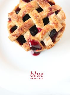 blue apple pie | the fauxmartha