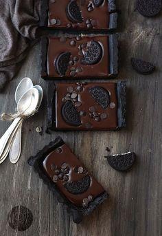 No-Bake Chocolate Oreo Tart | 27 Borderline Genius Ways To Eat Oreos