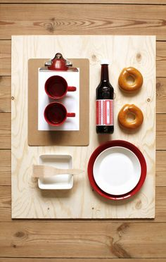 Iittala Christmas Home. Iittala + Varpunen collaboration. Teema tableware.