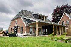 www.vanedenhoutbouw.nl nieuwbouw, verbouw, houtbouw en renovatie Cabin, Mansions, House Styles, Outdoor Decor, Home Decor, Decoration Home, Room Decor, Cabins, Villas