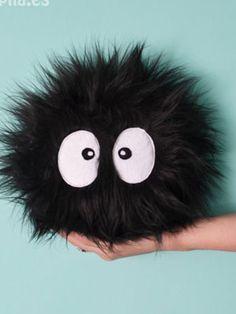 cojin-molapila Pillow Crafts, Diy Pillows, Animal Pillows, Kawaii Shop, Felt Fabric, Fairy Dolls, Totoro, Bird Pillow, Fairy Jewelry