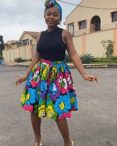 Ankara Dress Styles, Latest African Fashion Dresses, African Dresses For Women, African Print Fashion, African Attire, African Blouses, African Print Skirt, Printed Skirts, Look