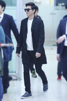 Lee Min Ho, back from China, Korean Fashion Kpop, Korean Fashion Winter, Lee Min Ho, Airport Style, Airport Fashion, Boys Over Flowers, Lee Jong Suk, Korean Model, Kristen Stewart