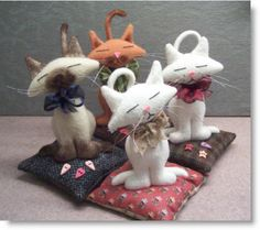Kim - you need to make one of these - Kitty Pincushion