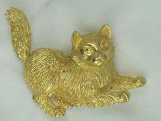 Signed Crown Trifari Gold Tone Playful Cat Brooch