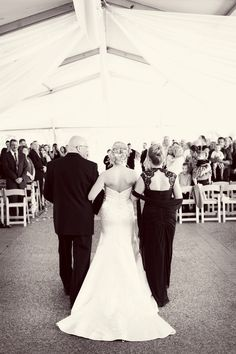 Walking down the aisle with mom and dad! This is what i want!
