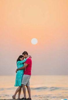 Travel couple photography romances engagement photos 25 ideas for 2019 Indian Wedding Couple Photography, Wedding Couple Poses Photography, Wedding Couple Photos, Couple Photoshoot Poses, Couple Shoot, Food Photography, Couple Pictures, Pre Wedding Poses, Pre Wedding Shoot Ideas
