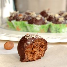 Tipsy Nutella Balls ~ Good bye rum balls, these candies are made with Nutella, Frangelico and chocolate.