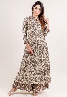 Block Printed Cotton Flared Kurta Set in Brown and Beige Beige Dresses, Modest Dresses, Simple Dresses, Cotton Dresses, Pakistani Dresses, Indian Dresses, Modest Fashion, Fashion Dresses, Kurta Designs Women