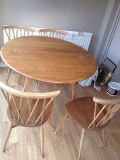 Ercol Saville Dining Table And Six Classic Penn Chairs Excellent New Second Hand Ercol Dining Room Furniture 2018