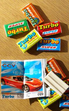 Childhood Memories 90s, 1980s Childhood, School Days Quotes, Old Sweets, Super Bubbles, Nostalgia, Retro Kids, Retro Advertising, Chewing Gum