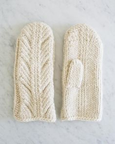 Ancient Stitch Mittens  |  a free pattern from Purl Soho, based on the same ancient nalbinding fragment as the accompanying scarf