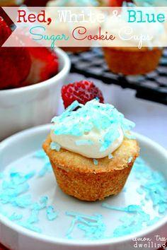 Red, White & Blue Sugar Cookie Cups - the perfect little treat for Memorial Day or July 4th!  #MemorialDay   www.lemontreedwelling.com