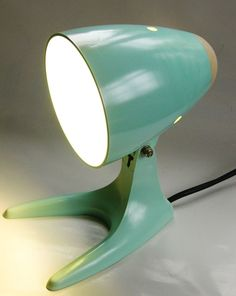 Cute ART DECO STREAMLINE BAKELIT LAMPE s INDUSTRIEDESIGN TABLE LAMP mint