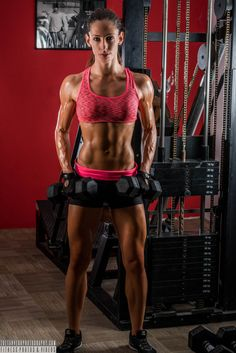 A picture of Dora Fuzi. This site is a community effort to recognize the hard work of female athletes, fitness models, and bodybuilders. Gym Wear For Women, Fit Women, Athletic Body, Athletic Build, Athletic Shoes, Ripped Workout, Fitness Motivation, Ripped Girls, Fitness Competition