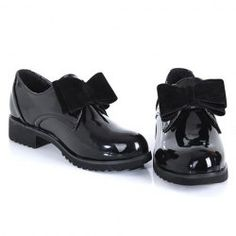 2013 New Arrival Patent Leather Solid Color and Bow Design Spring Flat Shoes For Women