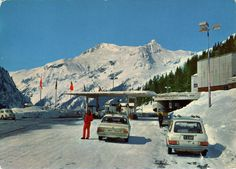 1972 postcard from Austria / Österreich, Felbertauern Straße featuring OPEL Rekord C, VW Beetle / Käfer + 411LE Estate /Variant, FORD Taunus p7, and a bus, supposedly SETRA Vw Beetles, Austria, Mount Everest, Ford, Mountains, Nature, Naturaleza, Volkswagen Beetles, Vw Bugs