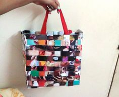 RECYCLED WOVEN MAGAZINE BAG: http://www.youtube.com/watch?v=0aEFclE7lhs