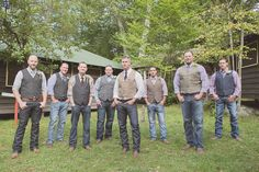 33 Cool Ideas for the Groomsmen - WeddingWire.com