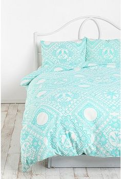 Beautiful bedding from Urban Outfitters