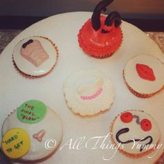 Bachelorette Cupcakes - 6 Bachelorette Cupcakes for an unforgettable Hen's Night | All Things Yummy #allthingsyummy #bachelorette #cupcakes