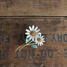 vintage 1960s brooch // BSK signed pin // daisy by LeMollusque, $14.00