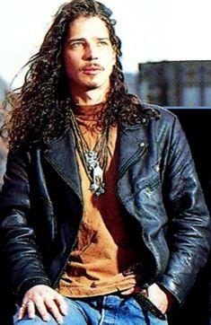 Where are you, Chris? Beautiful Voice, Most Beautiful Man, Gorgeous Men, Beautiful People, Audioslave Chris Cornell, Say Hello To Heaven, Feeling Minnesota, Seattle, Cornell University