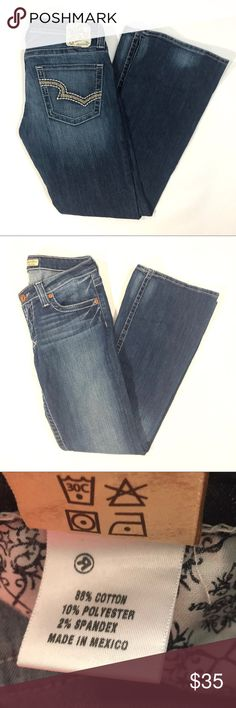 """Big Star Sweet Boot Low rise Jeans Gently worn. 32"""" Inseam Big Star Jeans Boot Cut"""