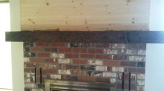 Mantel stained with Minwax 80% Ebony, 20% Early American