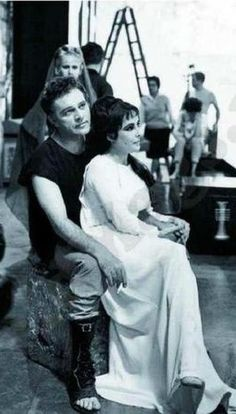 """Elizabeth Taylor & Richard Burton on the set of """"Cleopatra"""" in a shot that says it all."""