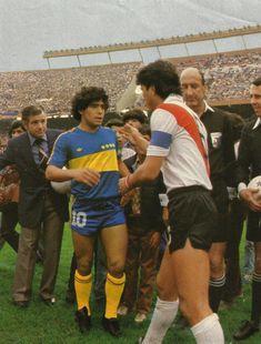 Diego Maradona & Daniel Passarella - Boca Juniors v River Plate