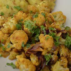 Květák většina lidí zná jen jako smažený či mozeček, což je velká škoda. Zkuste jej trošku jinak… květák, stejně jako třeba houby, lehce natahuje chutě a tak máte možnost k... Celý článek Vegetable Casserole, Cauliflower, Low Carb, Vegetables, Recipes, Cauliflowers, Vegetable Bake, Vegetable Recipes, Veggie Food