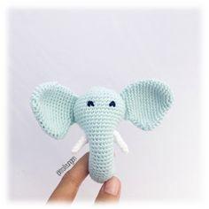 Trolleungen Free Pattern In Danish! Crochet Elephant Pattern, Crochet Motif, Diy Crochet, Crochet Patterns, Crochet Baby Toys, Crochet Animals, Crochet For Kids, Baby Knitting, Yarn Tail