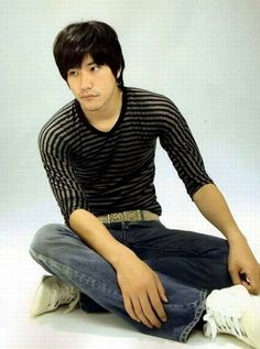 Look how Tom he is. (Photo of Kenichi Matsuyama. Aomori, Death Note, Japanese Love, Falling In Love With Him, Asian Actors, Sexy Men, Casual, People, Characters