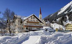 Rodeln, Skifahren und Snowboarden bis vor die Tür, 100 km Langlaufloipen, Pferdekutschenfahrten & Schneeschuhwandern! Willkommen im Gasthof-Hotel Bären im Tiroler Lechtal! Und für Hunde gibt es Auslauf direkt vom Zimmer. Sie sind im Restaurant erlaubt und entsprechende Tierische Ausstattung ist natürlich auch vorhanden! Nichts wie rein ins Schneevergnügen...  #gasthofbaeren #urlaubmithund #hundeurlaub #ferienmithund #tirol #urlaub #hundefreundlich #hund #hunde #urlaubmitkatze #winter #schnee Winter Schnee, Hotels, Camping, Restaurant, Mountains, Outdoor, Ski, Campsite, Outdoors