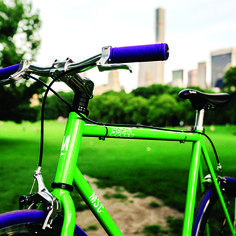 Love this beautiful NYC weather? Reserve a YOTELxMSC bike this weekend & explore #CentralPark! #Explore