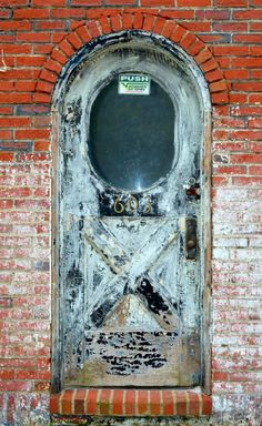 Clifton Forge, Virginia, door, curved, beauty, detail, decay, architechture, photograph, photo