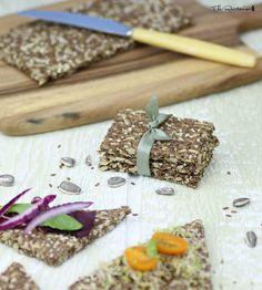 The Rawtarian: Simplest raw flax cracker recipe
