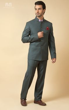 15 Exceptional Jodhpuri Suits For Wedding - Jodhpuri suits for men - You are in the right place about Groom Outfit black Here we offer you the mos Wedding Dresses Men Indian, Wedding Dress Men, Wedding Suits, Wedding Wear, Indian Men Fashion, Mens Fashion Suits, Mens Suits, Men's Fashion, Suit Men