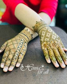 Mehndi is used for decorating hands of women during their marriage, Teej, Karva Chauth. Here are latest mehndi designs that are trending in the world. Khafif Mehndi Design, Rose Mehndi Designs, Back Hand Mehndi Designs, Latest Bridal Mehndi Designs, Full Hand Mehndi Designs, Modern Mehndi Designs, Mehndi Designs For Girls, Mehndi Design Photos, Wedding Mehndi Designs
