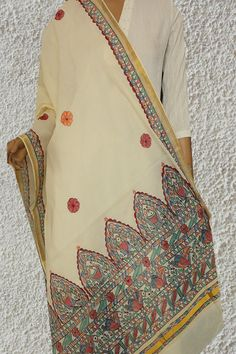 1 new message Saree Painting, T Shirt Painting, Fabric Painting, Fabric Art, Hand Painted Sarees, Hand Painted Fabric, Madhubani Art, Madhubani Painting, Fabric Paint Shirt