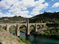 Puente de Alcántara. Viajar por Extremadura