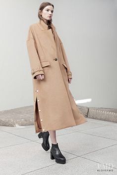 1942 Best Fashion For All Women images Coats For Women, Jackets For Women, Concept Clothing, Fashion Wear, Womens Fashion, Fashion Images, Fashion Trends, Style Minimaliste, High Fashion