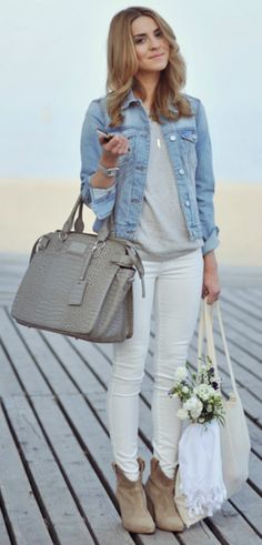 Katarzyna Tusk + ultra casual + cute denim jacket + pair of classic white skinny jeans + Nude and neutral accessories + perfect match + cute and easy spring look! Jacket/Jeans: Mango, Boots: Zara, Top: GAP.